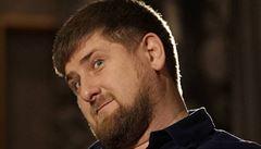 Autoritář Kadyrov pohrozil manželce: Buď domácí jídlo, nebo rozvod. Pak svěsil hlavu a kál se